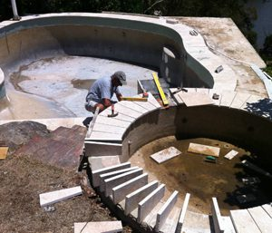 Pool Repairs should be left to the experts